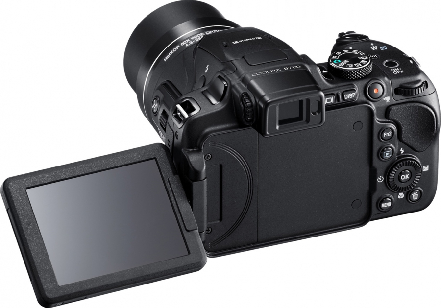 Nikon Coolpix B700 Left